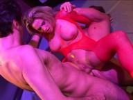 Vidéo porno mobile : Bitch fucked by two men in a disco's restroom